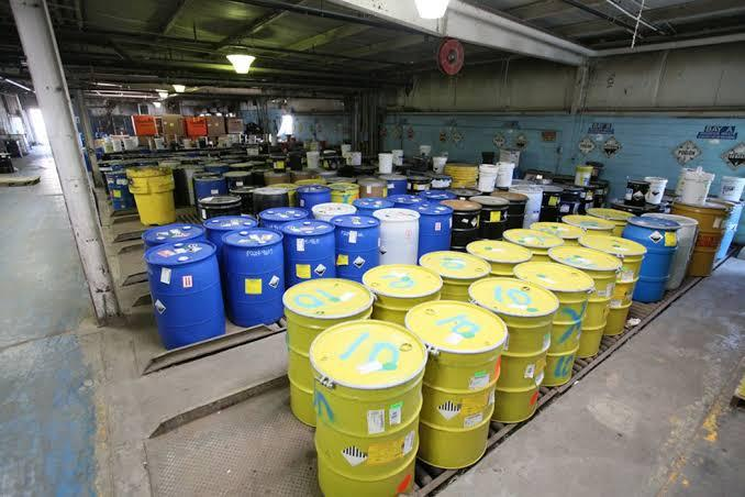descarte de produtos químicos
